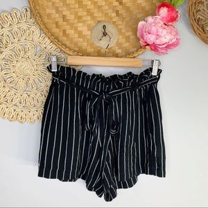 American Eagle   Striped Paperbag Waist Shorts